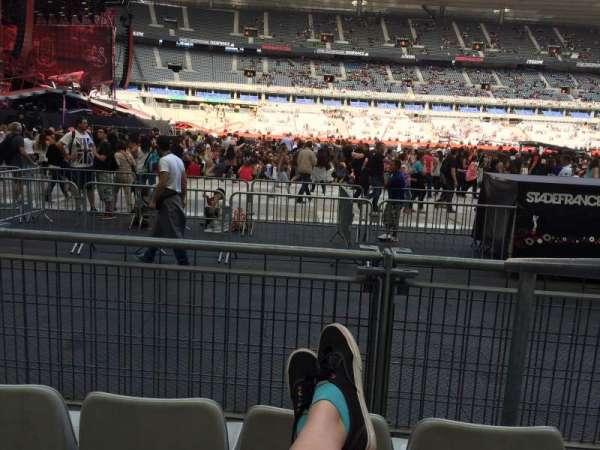 Stade De France, sección: S7, fila: 3 (front row, asiento: 18