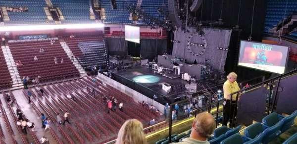 Mohegan Sun Arena, sección: 107, fila: G, asiento: 8