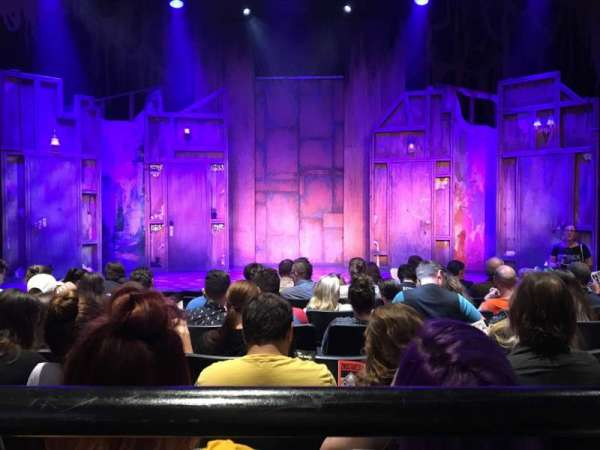 New World Stages - Stage 5, sección: Orchestra, fila: H, asiento: 10