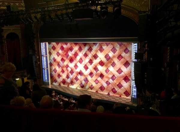 Brooks Atkinson Theatre, sección: Rear Mezzanine R, fila: E, asiento: 6