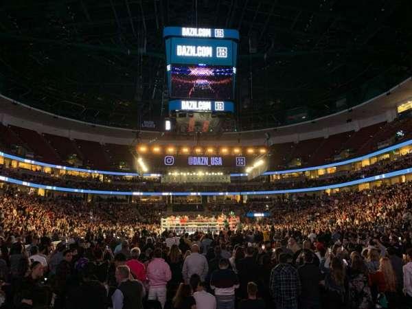 Honda Center, sección: 201, fila: D, asiento: 11