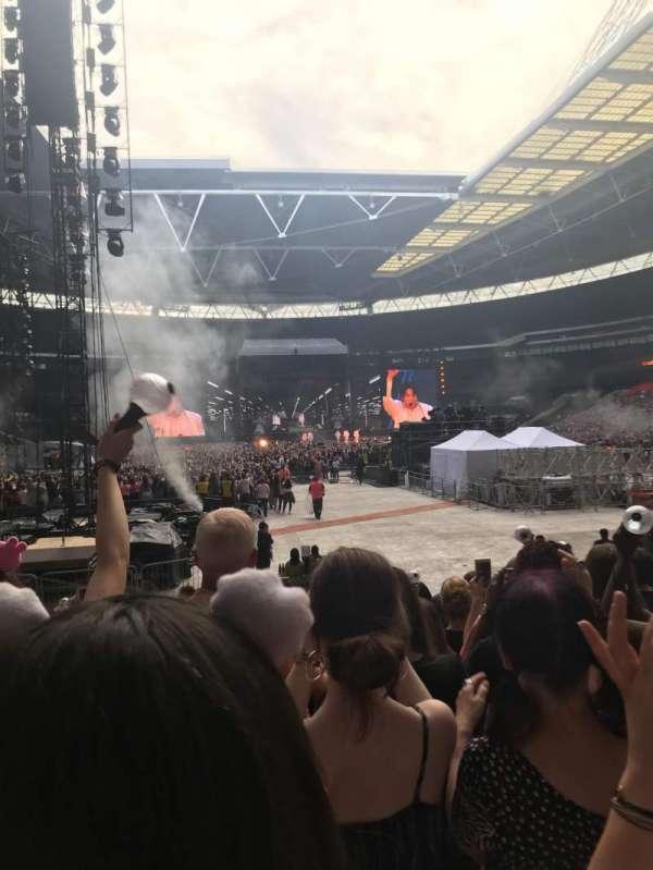 Wembley Stadium, sección: 113, fila: 14, asiento: 32