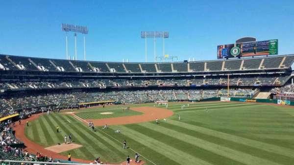 Oakland Coliseum, sección: 204, fila: 5, asiento: 5