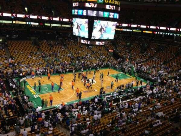 TD Garden, sección: Bal 303, fila: 1, asiento: 1