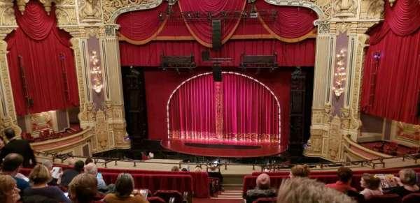 Oriental Theatre, sección: Balc RC, fila: L, asiento: 320