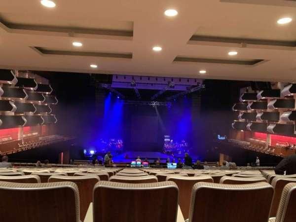 Royal Festival Hall, sección: Level 5, fila: UU, asiento: 31