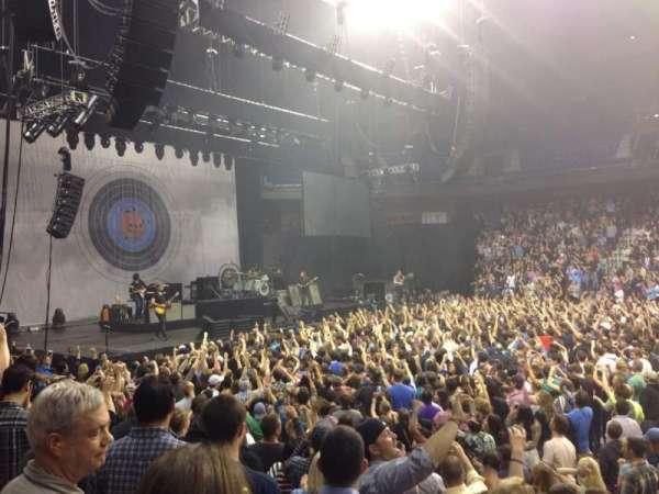 Mohegan Sun Arena, sección: 25, fila: H, asiento: 1
