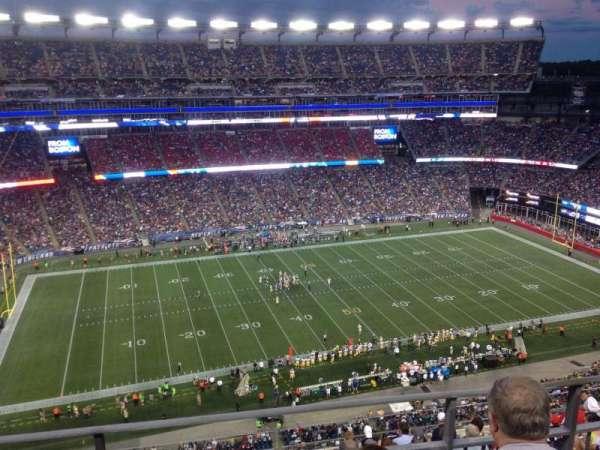 Gillette Stadium, sección: 324, fila: 10, asiento: 15