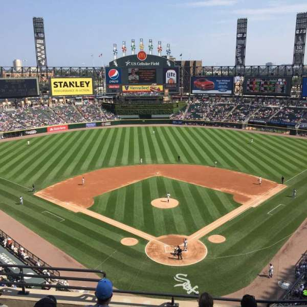 Guaranteed Rate Field, sección: 533, fila: 6, asiento: 8
