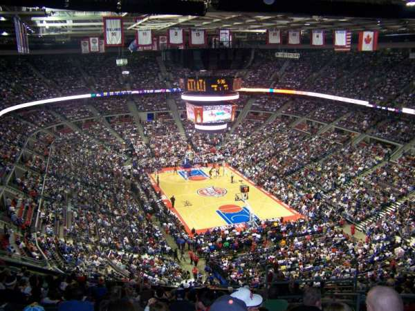The Palace of Auburn Hills, sección: 210, fila: 18, asiento: 3