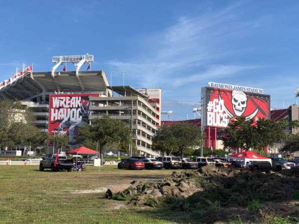 Raymond James Stadium, sección: Exterior