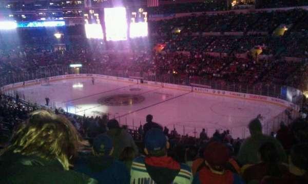 Madison Square Garden, sección: 328, fila: j, asiento: 6