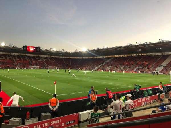 St Mary's Stadium, sección: 4748, fila: H, asiento: 1209