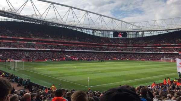 Emirates Stadium, sección: 21, fila: 24, asiento: 647