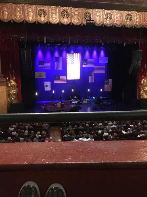Beacon Theatre, sección: LOGE 1, fila: A, asiento: 3