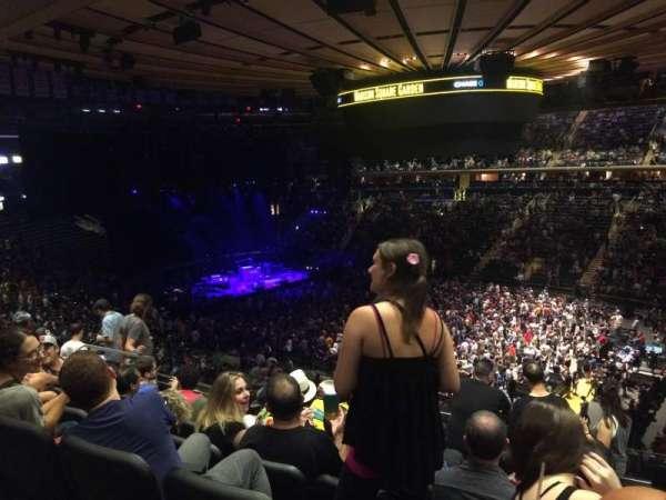 Madison Square Garden, sección: 216, fila: 7, asiento: 10