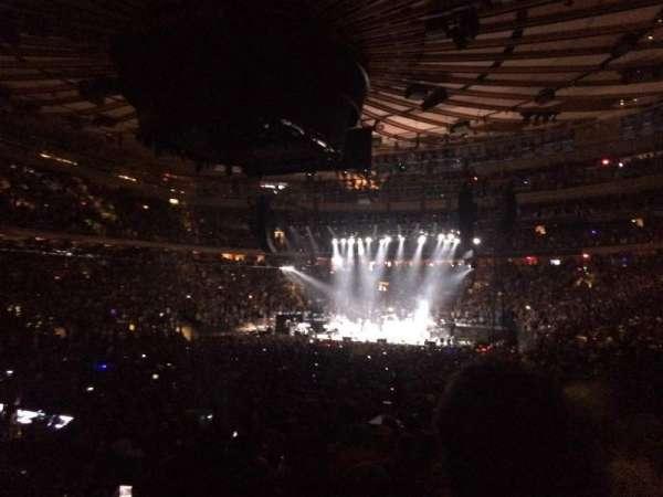 Madison Square Garden, sección: 104, fila: 10, asiento: 13
