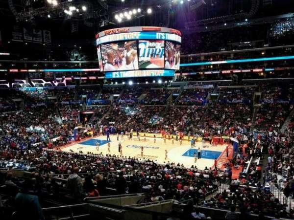 Staples Center, sección: Suite A43