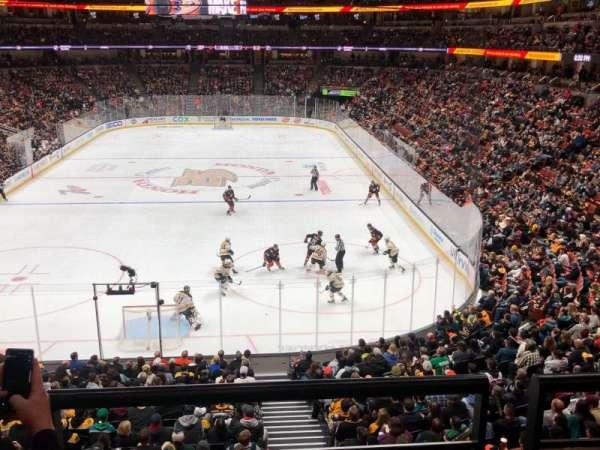 Honda Center, sección: 326, fila: B, asiento: 11
