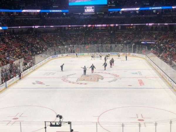 Honda Center, sección: 326, fila: A, asiento: 10