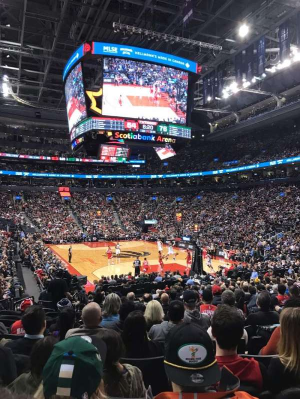 Scotiabank Arena, sección: 104, fila: 16, asiento: 6