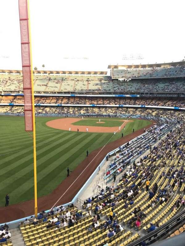 Dodger Stadium, sección: 255 CLUB, fila: A, asiento: 1
