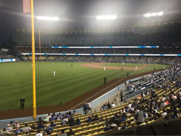 Dodger Stadium, sección: 163LG, fila: A, asiento: 1