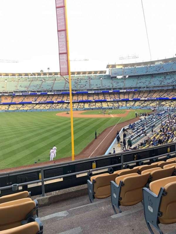 Dodger Stadium, sección: 165LG, fila: E, asiento: 1