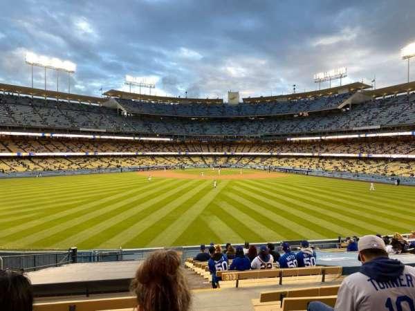Dodger Stadium, sección: 315PL, fila: T, asiento: 1