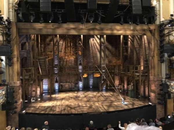 Victoria Palace Theatre, sección: PROYAL, fila: B, asiento: 27