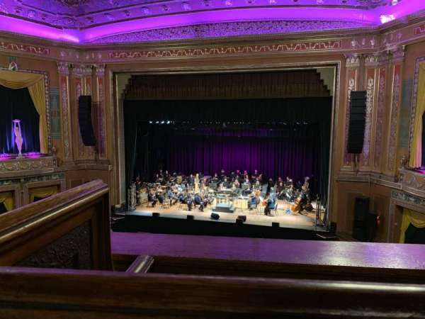 Capitol Theatre (Wheeling), sección: 12, fila: A, asiento: 9