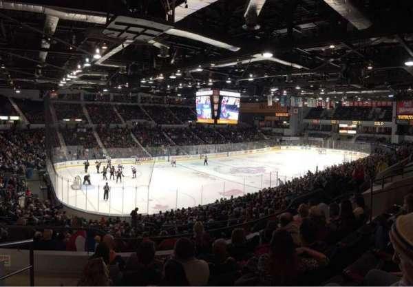Blue Cross Arena, sección: 220, fila: F, asiento: 12