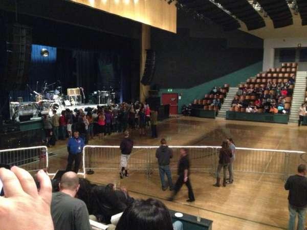 Santa Cruz Civic Auditorium, sección: M, fila: F, asiento: 13