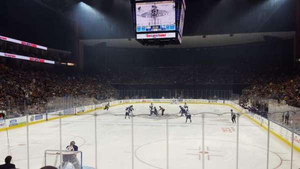 Jacksonville Veterans Memorial Arena, sección: 108, fila: K, asiento: 4
