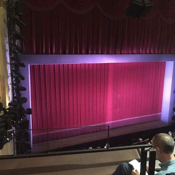 Samuel J. Friedman Theatre, sección: Mezzanine L, fila: A, asiento: 1