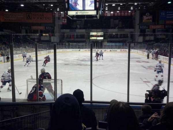 Blue Cross Arena, sección: 116, fila: h, asiento: 8