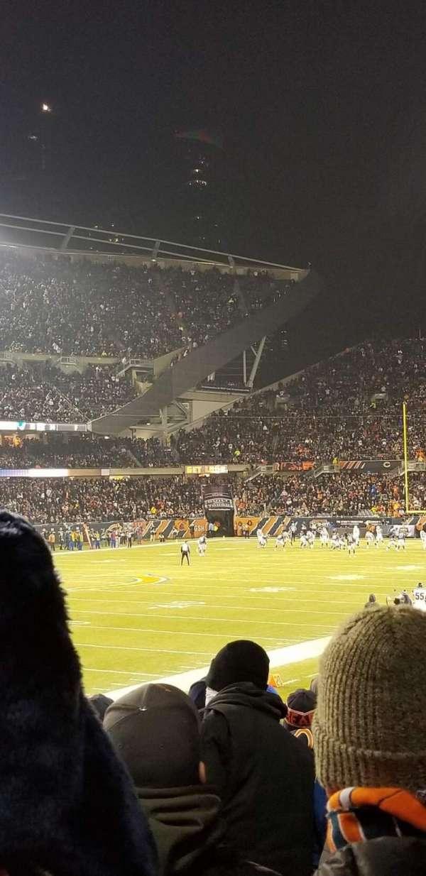 Soldier Field, sección: 115, fila: 14, asiento: 8