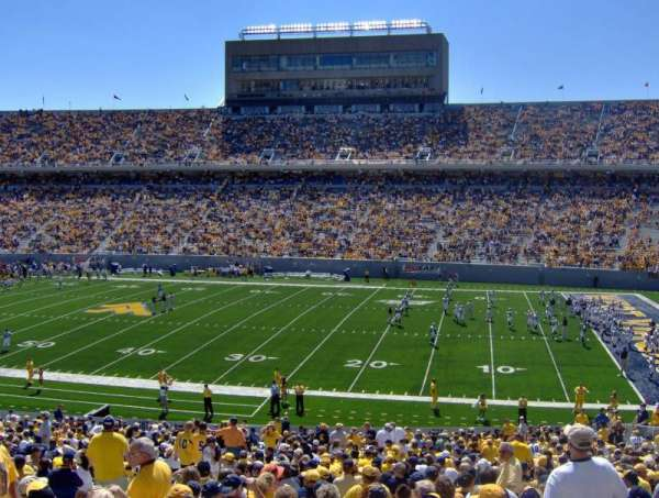 Mountaineer Field, sección: 108, fila: 42