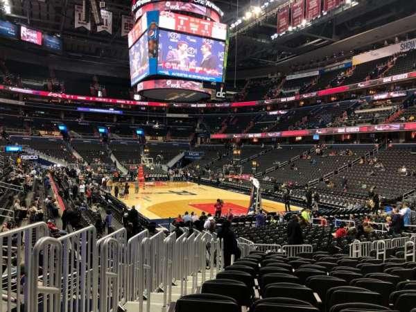 Capital One Arena, sección: 104, fila: N, asiento: 5