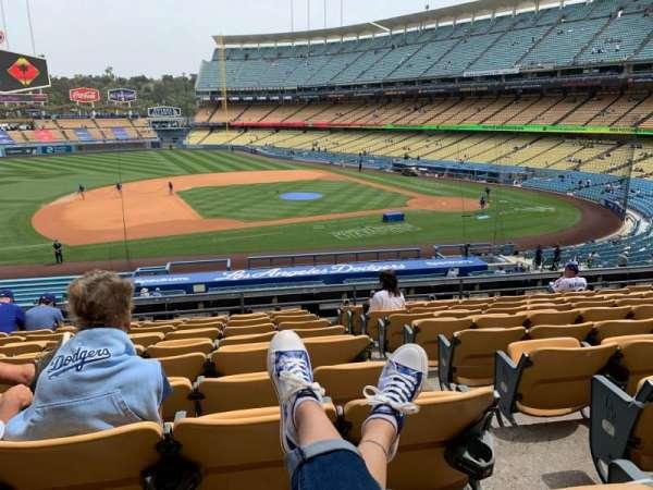 Dodger Stadium, sección: 135LG, fila: K, asiento: 1