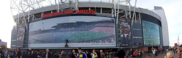 Old Trafford, sección: Outside