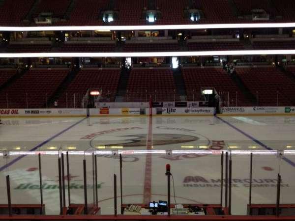 Honda Center, sección: 222, fila: L, asiento: 7