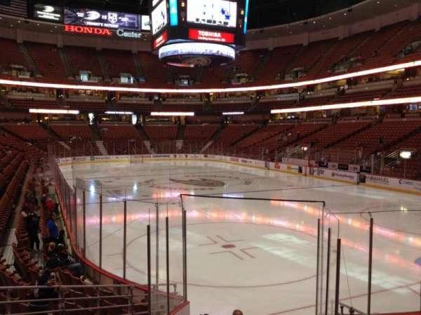 Honda Center, sección: 217, fila: K, asiento: 7