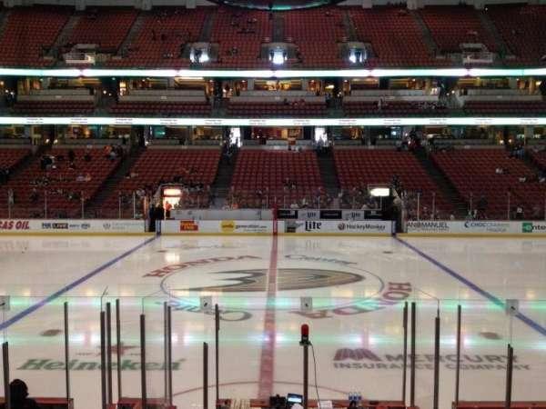 Honda Center, sección: 222, fila: K, asiento: 7