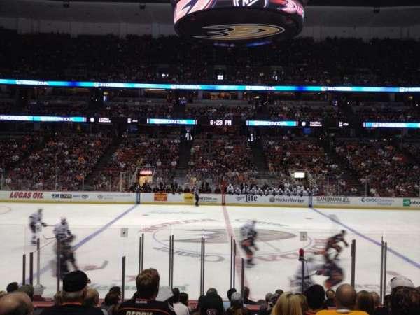 Honda Center, sección: 222, fila: M, asiento: 10