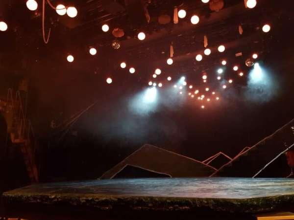 Bridge Theatre, sección: Stalls, fila: E, asiento: 10