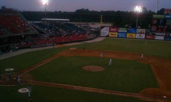 Five County Stadium, sección: 205, fila: M, asiento: 15