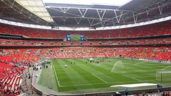 Wembley Stadium, sección: 136, fila: 12, asiento: 62