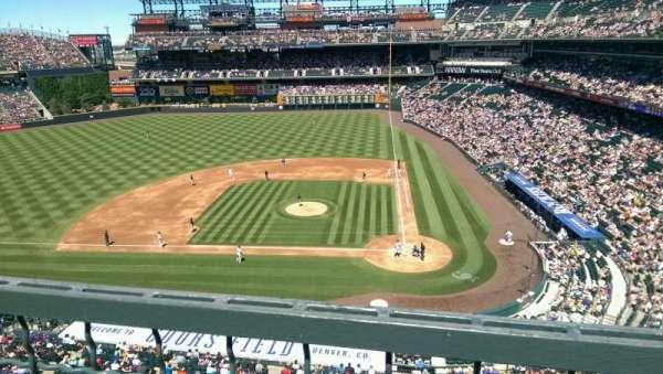 Coors Field, sección: L335, fila: 1, asiento: 13
