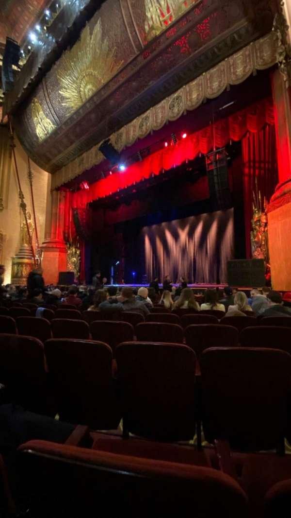 Beacon Theatre, sección: Orchestra 2, fila: H, asiento: 28